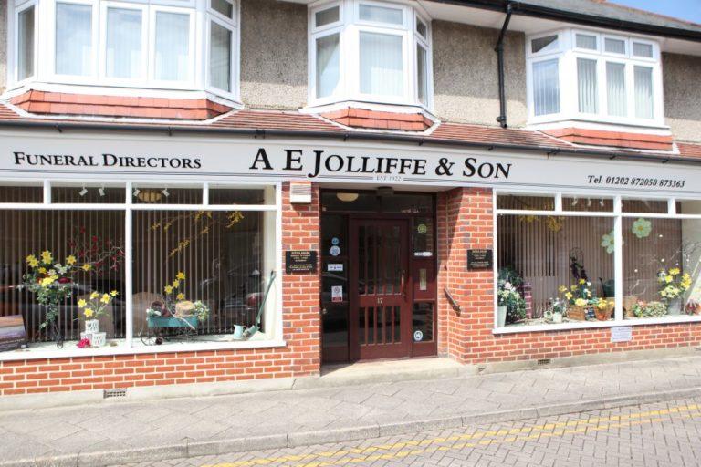 AE-Jolliffe-son-funeral directors